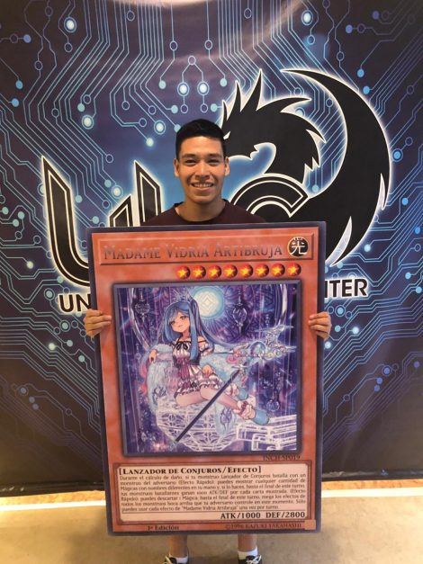 Jose Garnica Castaneda from Peru, won the ATTACK OF THE GIANT CARD
